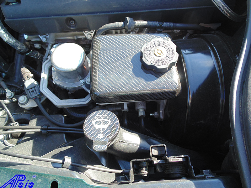 C7 14-UP Lamination Black Carbon Windshield Fluid Tank Cap (Core Exchange)  ($128.00 + Refundable Core Charge $30.00) (High Gloss or Matte Finish)