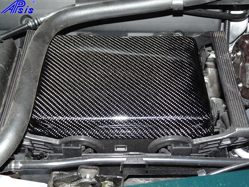 C7 14-UP Lamination Black Carbon Fuse Box Cover (Overlay)  (High Gloss or Matte Finish) $428.00