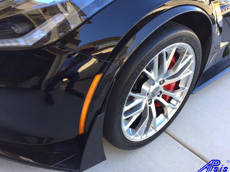 C7 14-UP Lamination Black Carbon Z06 Spat (Wheel Well Molding), (Core Exchange)  (Starting from $328.00 + Refundable Core Charge $100.00)