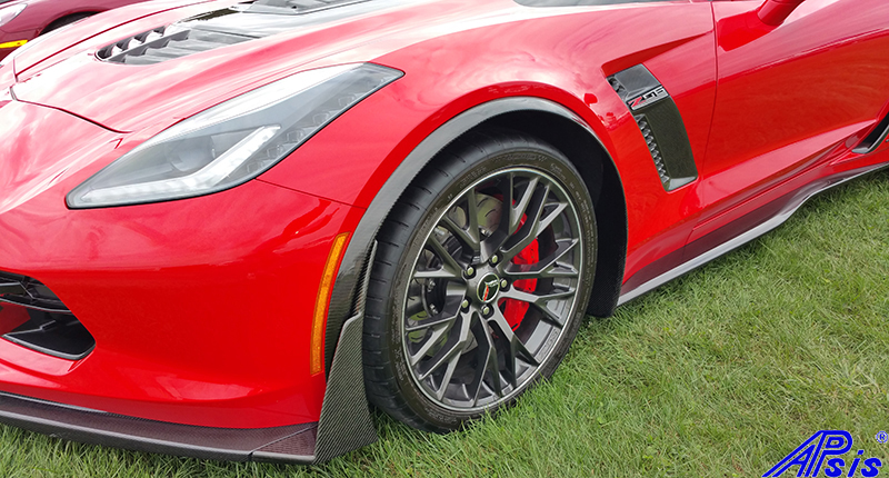 C7 Z06 15-UP Intergrated Front Spat/Splash Guard with or without Side Skirt, Matte Black (Carbon Flash, High Gloss Carbon or Matte Finish Carbon) Starting from $298.00